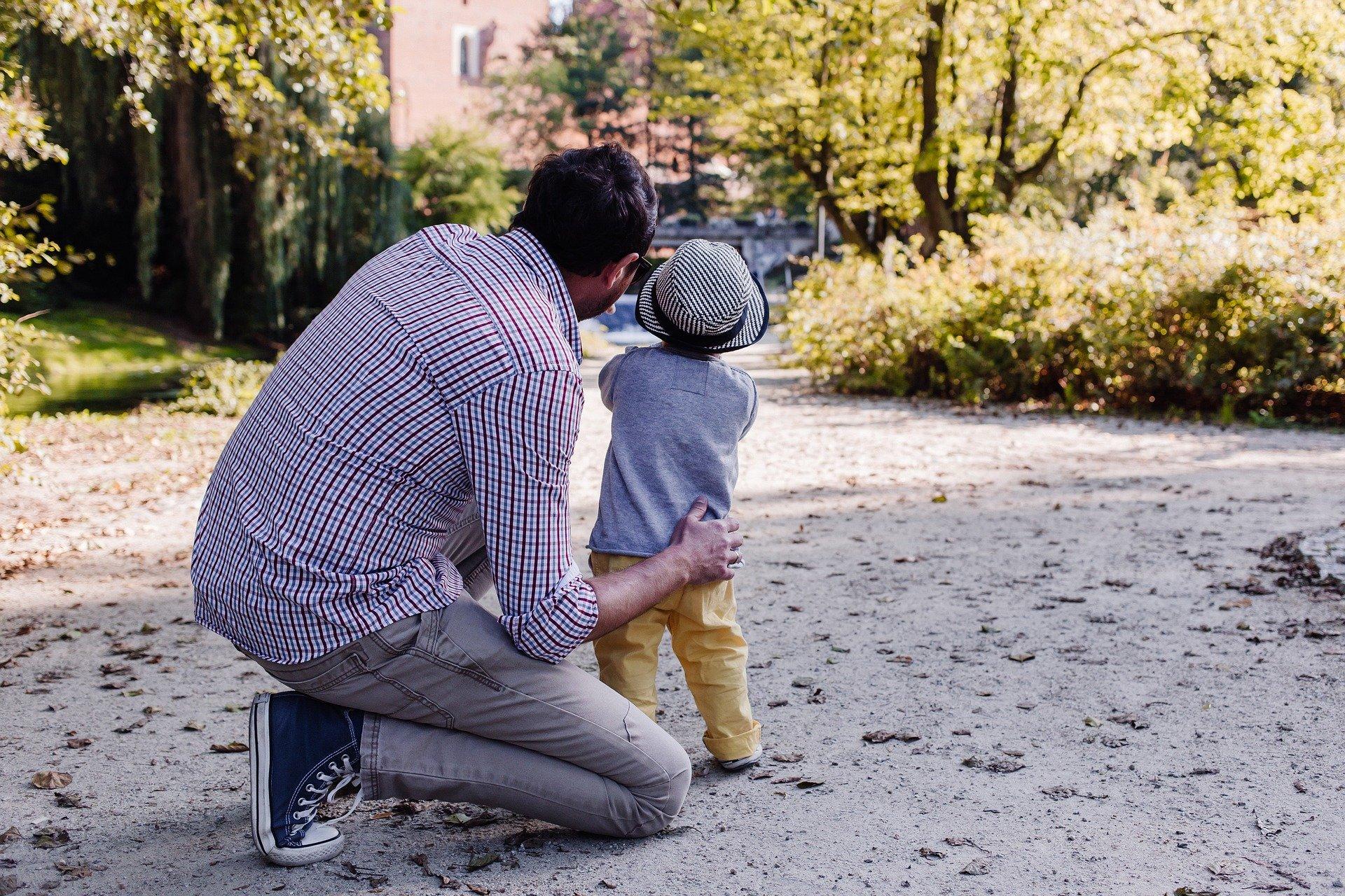 Relatividad, paternidad y kilómetros